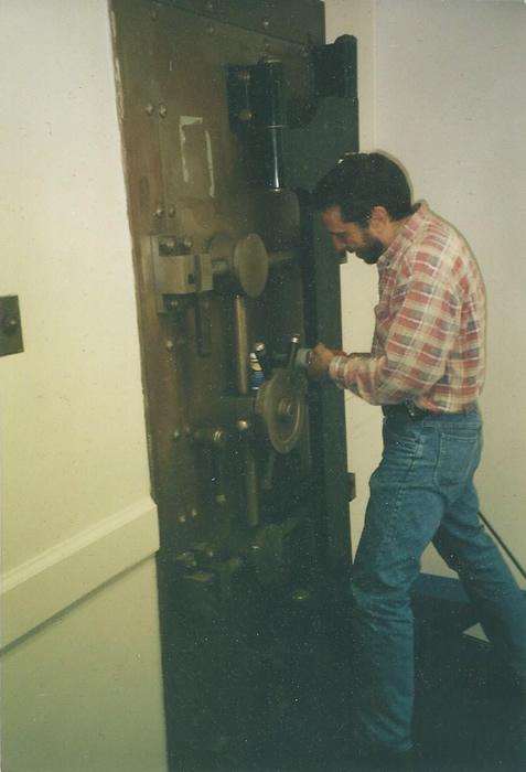 Philip Mortillaro of Greenwich Locksmiths opening a vault
